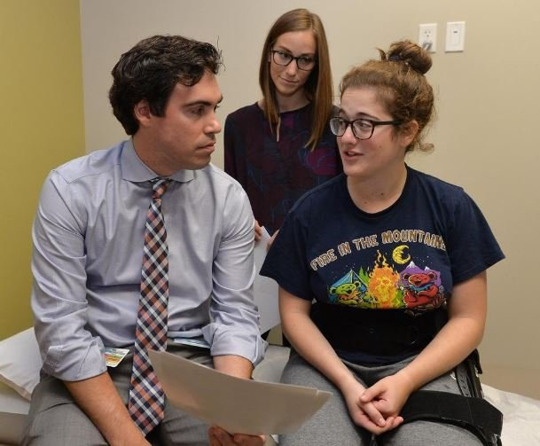 Erie surgeon helps athletes with hip pain